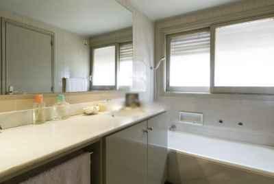 Amazing apartment of 250 m2 in prestigious area of Barcelona